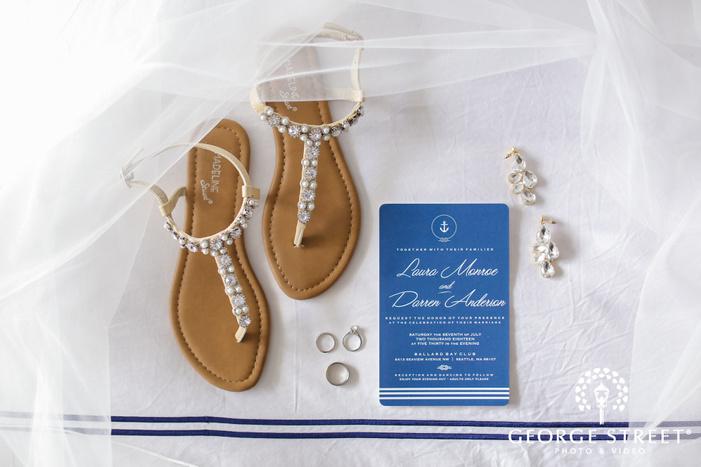 pretty bridal accessories wedding photo