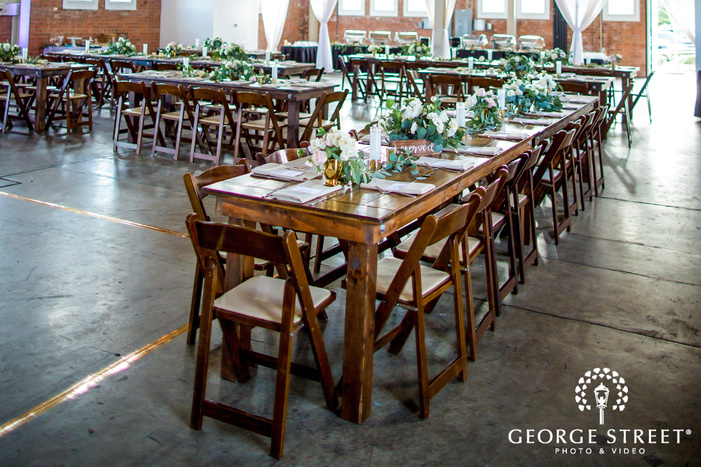 elegant reception table setting wedding photography