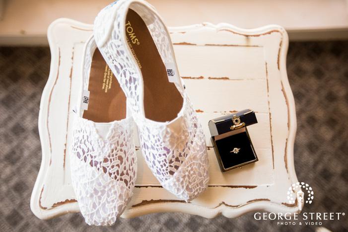 elegant bridal accesories wedding photo