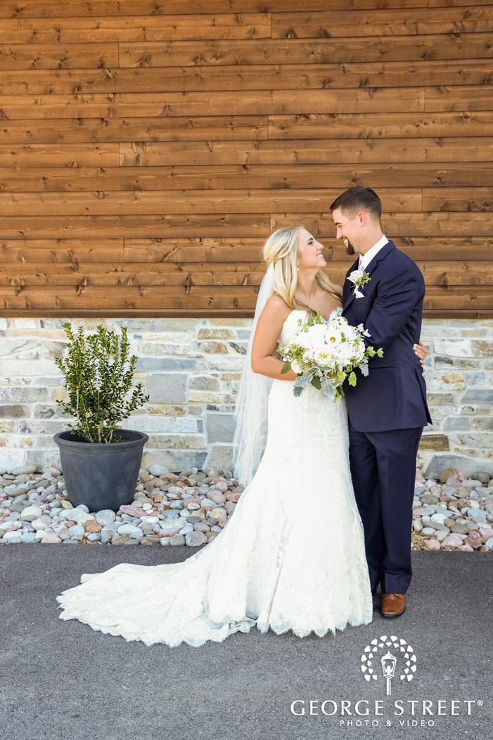 adorable bride and groom in patio wedding photography
