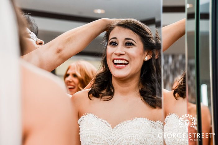 lovely bride getting ready wedding photos