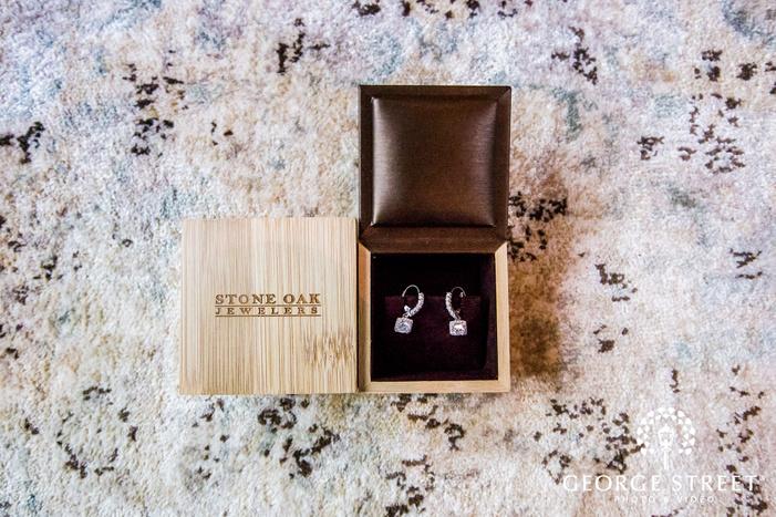 cute bride accessories wedding photo