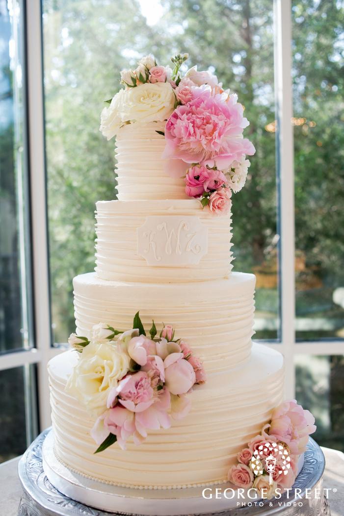 Ashton Gardens Dallas floral wedding cake