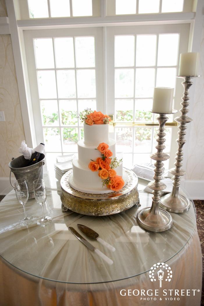 flint hill plantation atlanta wedding cake orange roses