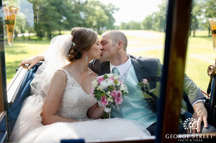 minneapolis outdoor wedding portraits