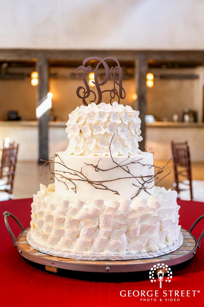 lost mission elegant wedding cake san antonio wedding photos