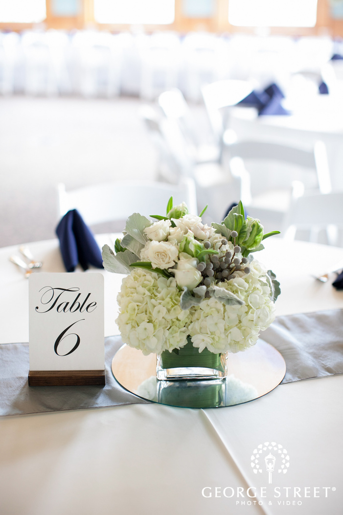 simple elegant wedding reception decor