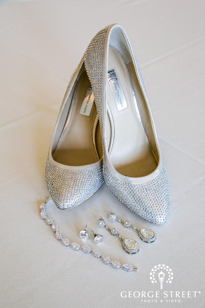 elegant bridal accessories wedding photos