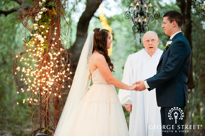 camp lucy austin wedding ceremony venue