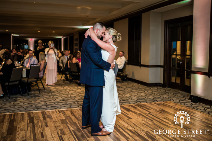 adorable bride and groom first dance at stonebridge country club in dallas fort worth