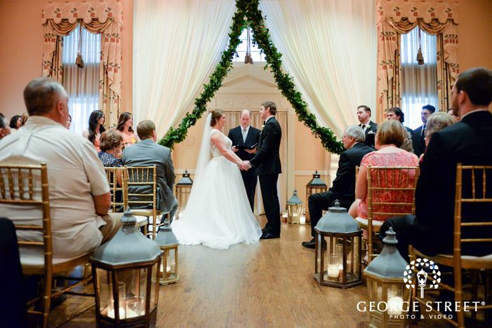 bride and groom ceremony at arlington hall at lee park