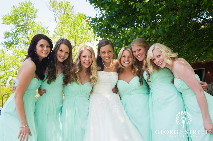 Bride and Bridesmaids in Mint