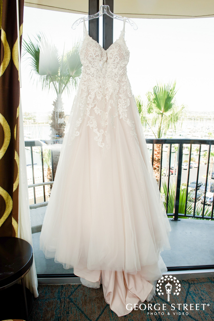 beautiful white laced bridal gown at tom hams lighthouse san diego