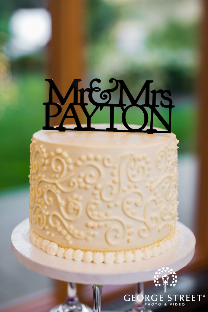 classy cake topper wedding photo