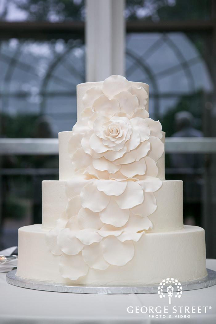 missouri Botanical Garden St  Louis simple white wedding cake