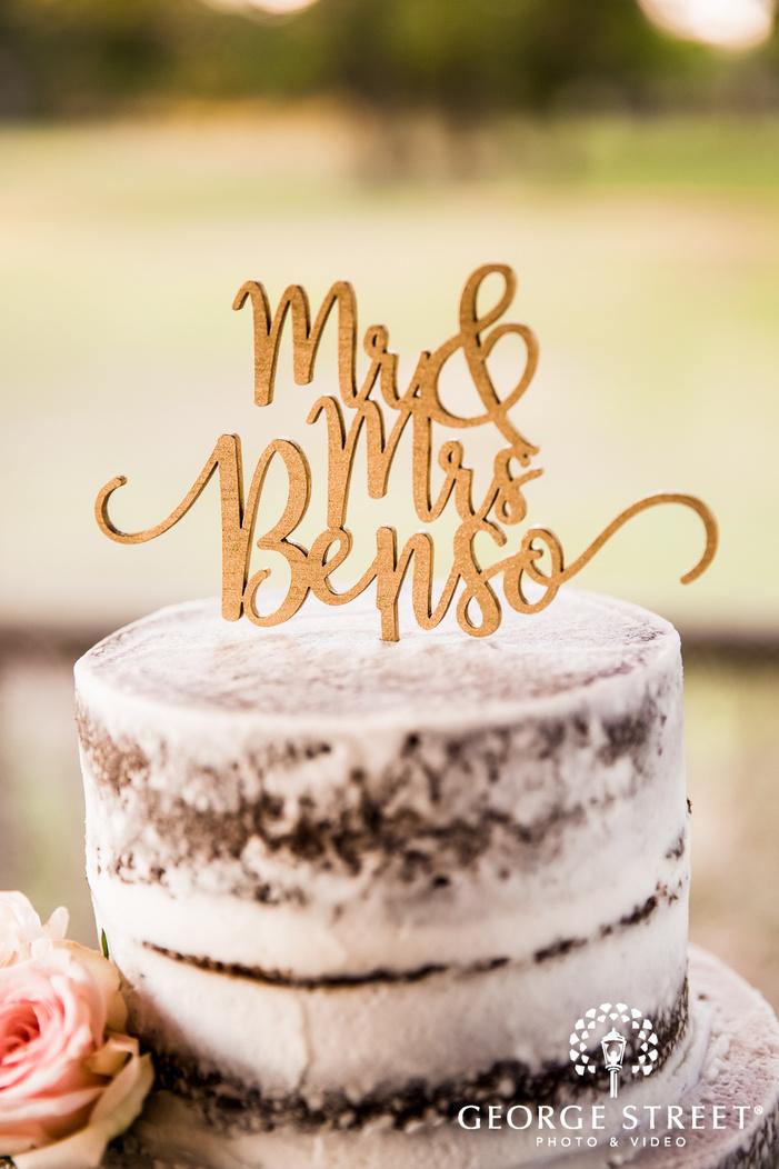 lovely cake topper details wedding photo