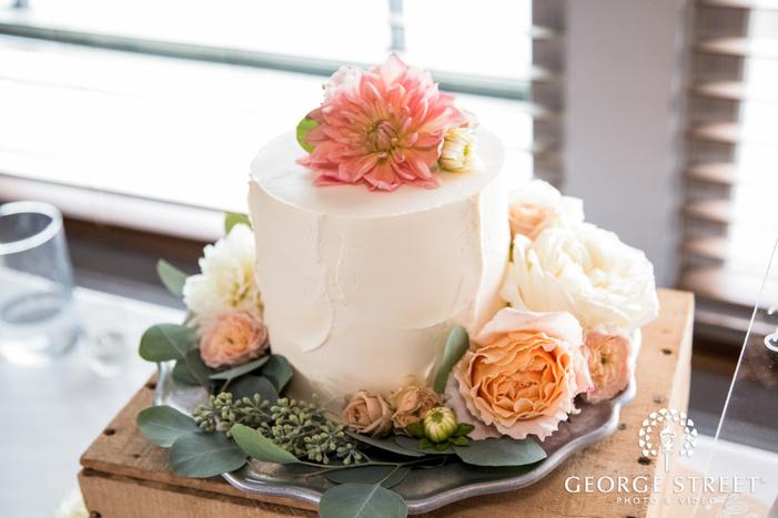 delicious wedding cake wedding photo