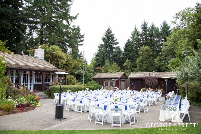 Robinswood House outdoor Seattle wedding reception