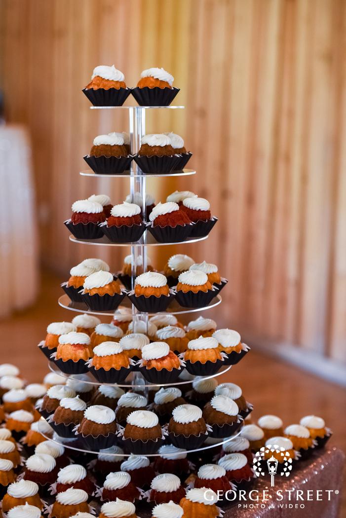 heritage springs dallas indoor reception nothing bundt cake wedding dessert