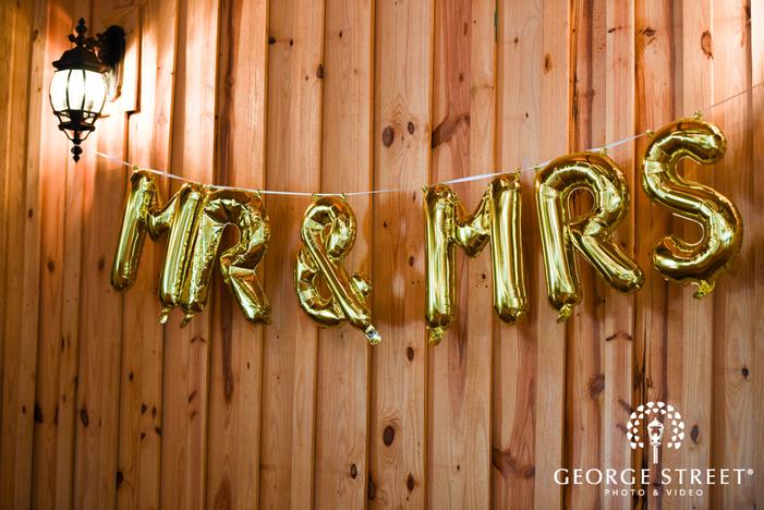 heritage springs dallas indoor wedding reception mr  and mrs  balloons wedding decor