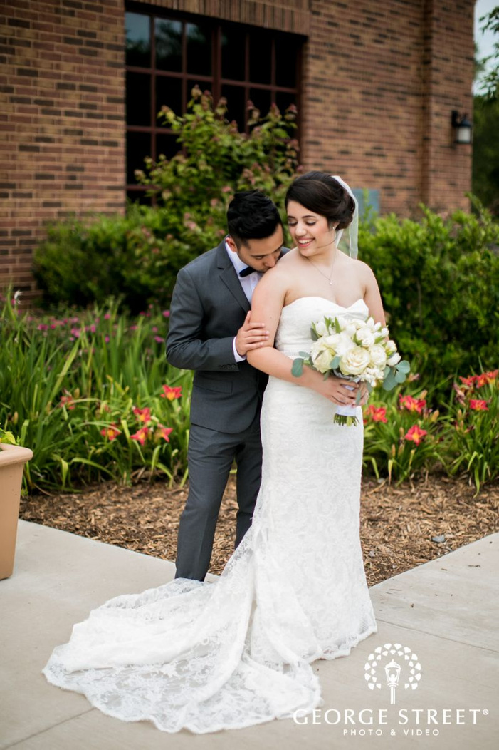 ravishing bride and groom             s