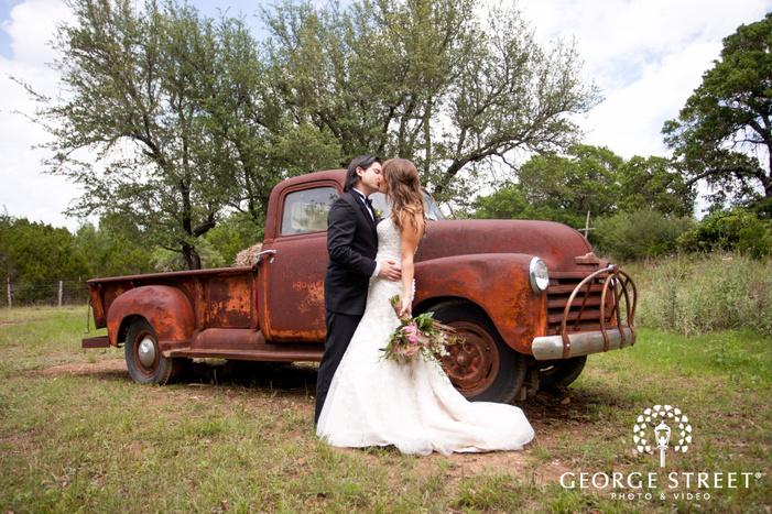 vista west ranch outdoor wedding portraits