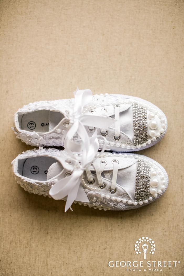 beautiful bridal shoes wedding photo