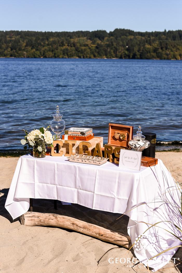 elegant ceremony detail wedding photography