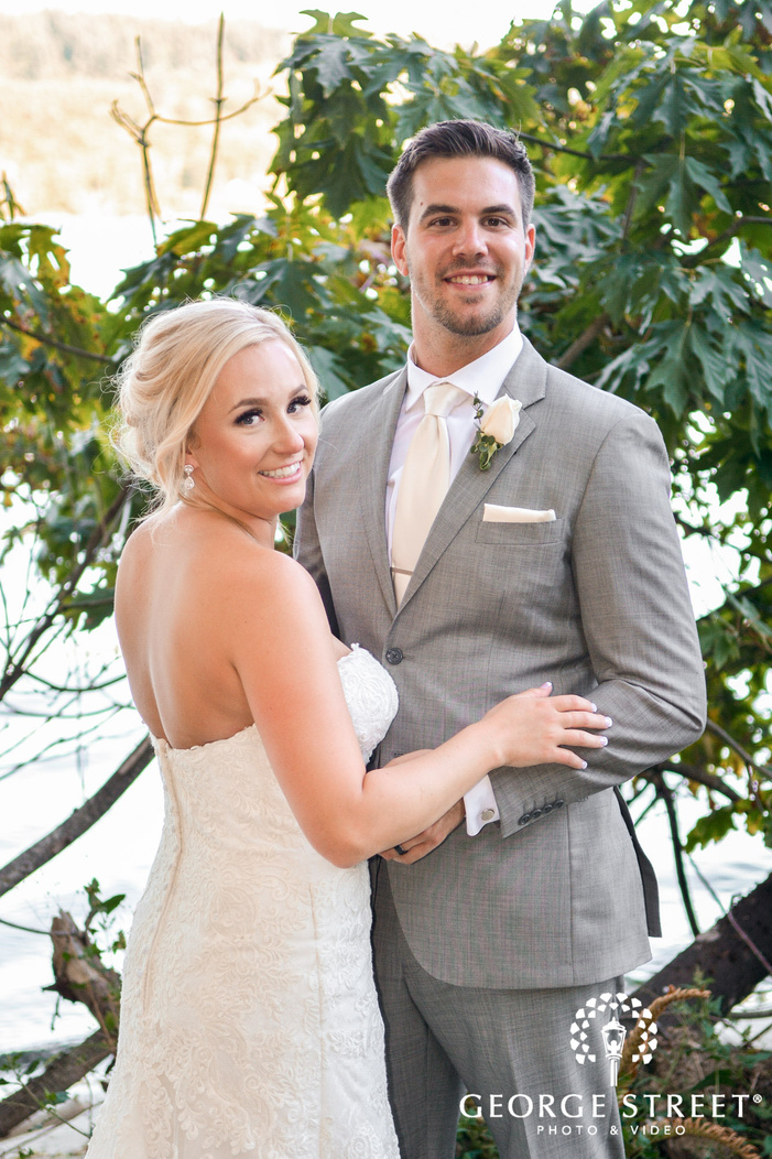 stunning bride and groom wedding photography