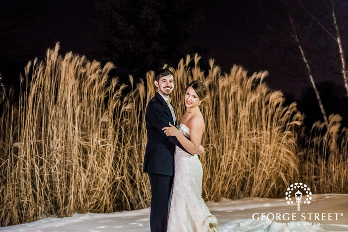 charming bride and groom near meadows wedding photos at minnesota valley country club in minneapolis