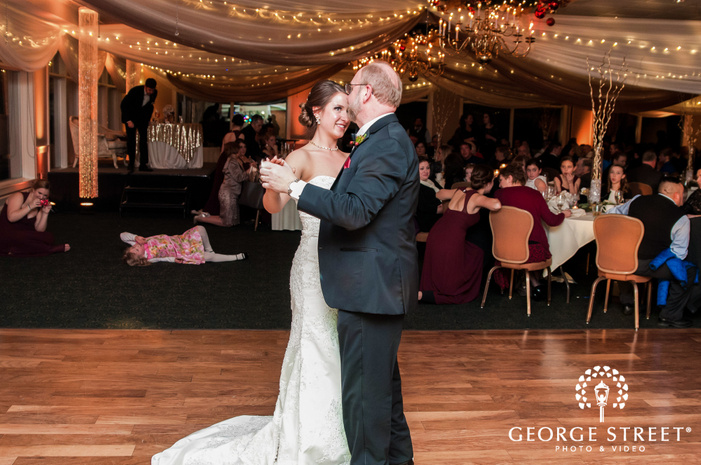 sweet bride and father reception dance at minnesota valley country club in minneapolis