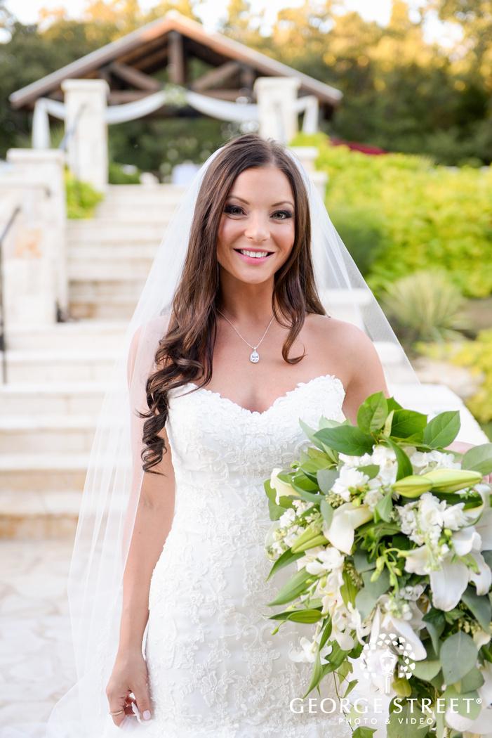 hidden springs events dallas wedding beautiful outdoor bridal portraits
