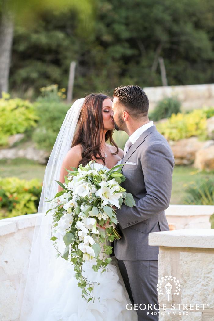 hidden springs events dallas wedding beautiful outdoor portraits bride and groom