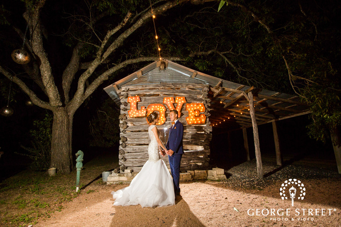pecan springs ranch austin beautiful sunny outdoor bride and groom nighttime portraits