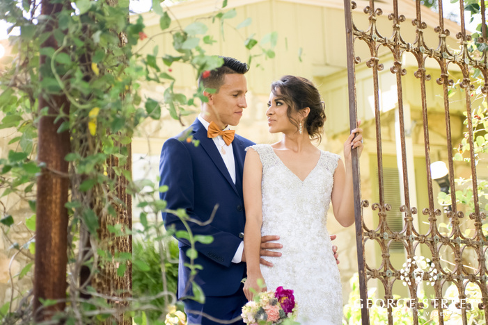 romantic pecan springs ranch austin beautiful sunny outdoor bride and groom portraits