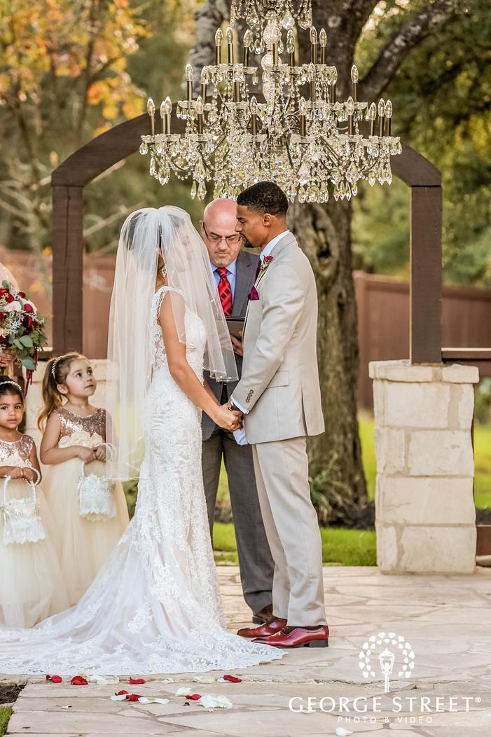gabriel springs austin bride and groom on wedding ceremony altar wedding photos