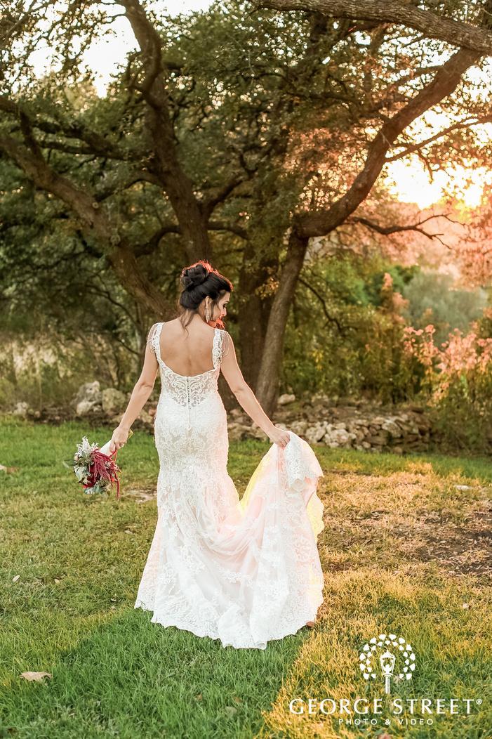 gabriel springs austin elegant bride attire wedding photos