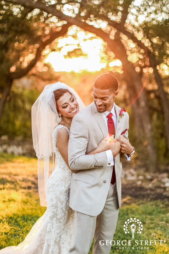 gabriel springs austin lovely couple in lawn wedding photos