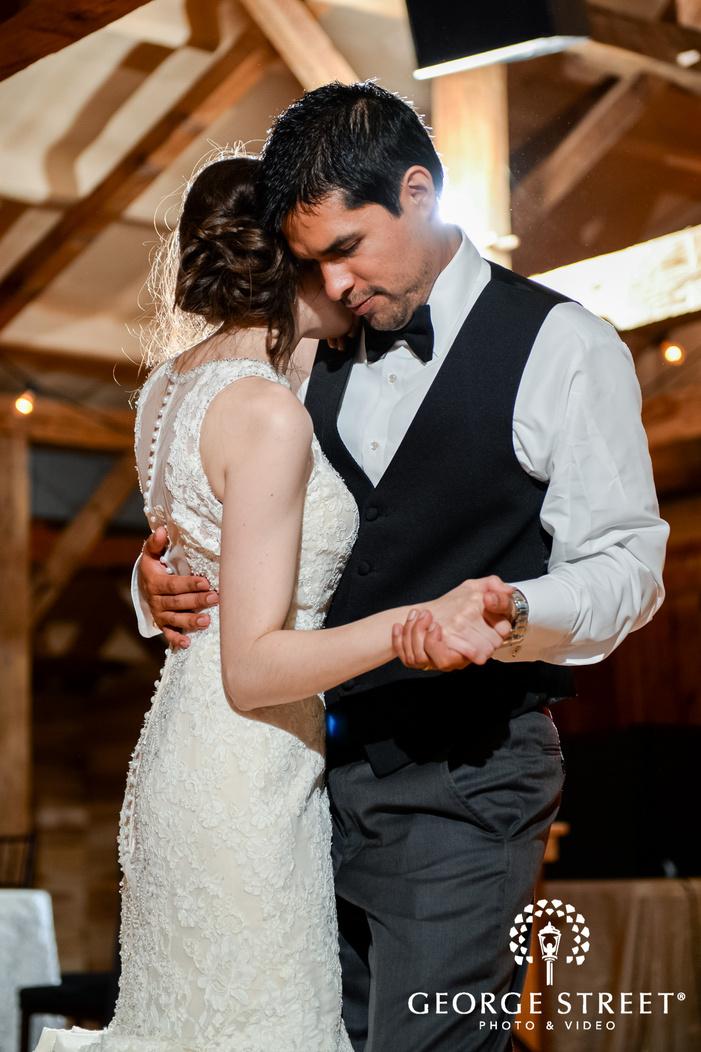 rustic barn wedding at hollow hill farm event center dallas