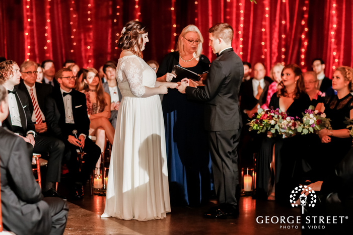 adorable couple ring exchange ceremony wedding photography