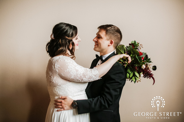 romantic bride and groom wedding photography