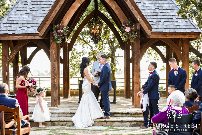 lovely bride and groom wedding vows exchange wedding photos