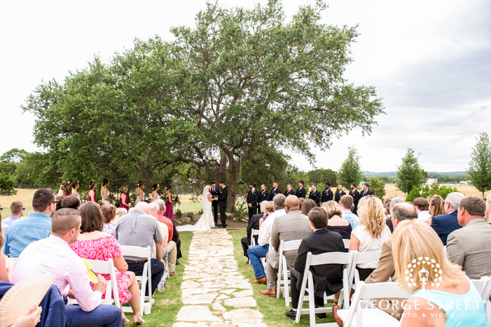 lovely wedding ceremony at cricket hill ranch in austin